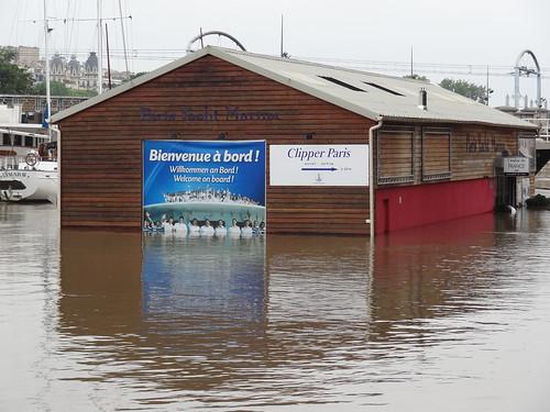Le Port de Grenelle lors de la crue de la Seine de juin 2016