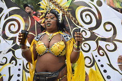 DSC_7971 Notting Hill Caribbean Carnival London Exotic Colourful Yellow and Silver Costume with Feather Headdress Girls Dancing Showgirl Performers Aug 27 2018 Stunning Ladies Big Beautiful Woman BBW (photographer695) Tags: notting hill caribbean carnival london exotic colourful costume girls dancing showgirl performers aug 27 2018 stunning ladies yellow silver with feather headdress big beautiful woman bbw