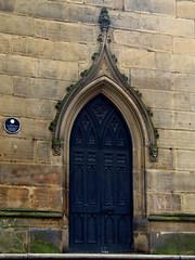The Bombed Out Church, St Lukes, Liverpool, England (teresue) Tags: 2017 uk unitedkingdom greatbritain england merseyside liverpool bombedoutchurch church stlukeschurch stlukes door entrance