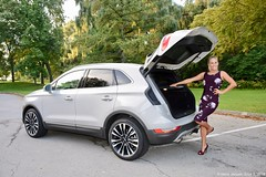 2019-lincoln-mkc-review (TheresaLongo) Tags: mkc theresalongo vehicle showcase models 2019mkc brandambassador hollywoodnorth reviews style comfort technology cars suv pretty smile blonde dress stylish fast fun toronto canada lincoln