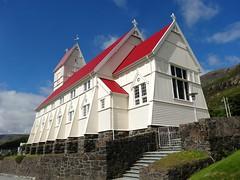Tvøroyri church (Jaedde & Sis) Tags: suðuroy føroyar tvøroyri village church challengeyouwinner cyunanimous