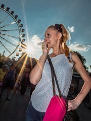Menschen im Olympiapark Sommer 18 - Party im Park (152).jpg (Ralphs Images) Tags: streetphotography moods mft menschen olympuszuikolenses ralph´simages stimmungen panasoniclumixg9