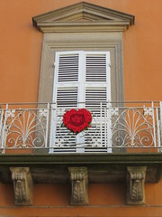 Italy - Lazio - Viterbo - Balcony with flowers (JulesFoto) Tags: italy lazio viterbo oldtown centrostorico balcony house