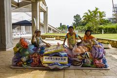 BM7Q3493.jpg (Idiot frog) Tags: girl child travel kid cute boy aquarium japan okinawa