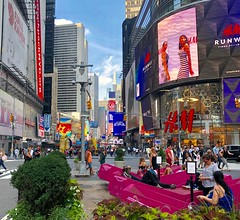 Times Square (JFGryphon) Tags: west42ndstreet 42ndstreet timessquare lookingnorth