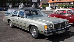 Ford Wagon Herase (Schwanzus_Longus) Tags: cloppenburg german germany us usa america american old classic vintage car vehicle station wagon estate break kombi combi hearse ford crown victoria ltd