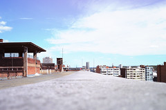 Waha's rooftop / Liège (jlnljnphotography) Tags: rooftop liege leadinglines city