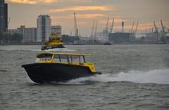 Watertaxi (Hugo Sluimer) Tags: portofrotterdam port haven rotterdam zuidholland holland nlrtm onzehaven watertaxi
