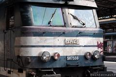 Diesel diesel.. (Un Ninternaute) Tags: paris pe parisgaredelest oldtrain oldschool sncf idf speciaux transspécial train histoire historique bb67400 bb67400bleue bb67556