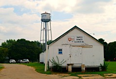 Tampico, Illinois Water Tower (Cragin Spring) Tags: illinois il midwest unitedstates usa unitedstatesofamerica rural smalltown tampico tampicoil tampicoillinois watertower tower farmerselevator