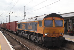 This is what the train in the previous shot was waiting for ! (AndrewHA's) Tags: cambridgeshire ely railway station gbrf class 66 diesel locomotive loco 66708 jayne general motors gm 4m29 felixstowe birch coppice intermodal container freight train