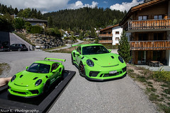 1:18 & 1:1 (Nico K. Photography) Tags: porsche 991 gt3 rs mkii green 118 11 modellcars supercars photoshooting nicokphotography switzerland laax
