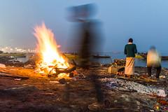 Masaan | Varanasi 2017. (Vijayaraj PS) Tags: harichandraghat nikon varanasi kasi india heritage ganga ganges water river incredibleindia outdoor ghats asia boat sky 2017 travel ghat people complementarycolours dusk