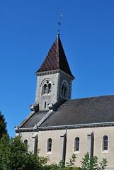 Ciry-le-Noble (71) : église Saint-Martin (odile.cognard.guinot) Tags: tuilesvernissées saôneetloire bourgogne bourgognefranchecomté églisesaintmartin cirylenoble toitbourguignon clocher 71