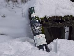 Whisky im Schnee (Andreas Gugau) Tags: lebensmittel scotch whisky schnee winter eis heilbronn badenwürttemberg deutschland deu
