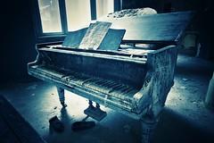 Chopin's nightmare (robert.freitag) Tags: nikon nikond7200 tokina lostplaces abandoned decay piano rotten beelitzheilstätten