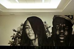 Aaliyah & Biggie (Robert S. Photography) Tags: mall kingsplaza brooklyn art wall portraits aaliyah biggiesmalls rip sony dscwx150 iso200 september 2018