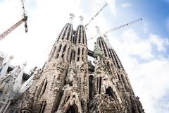 (Gvido T) Tags: architecture gaudi barcelona catalonia basilica buildings