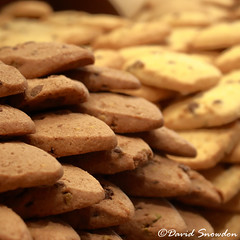 Biscuits (Dave Snowdon (Wipeout Dave)) Tags: biscuits produce shop artisan cookies davidsnowdonphotography food