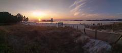 praia do Vao (DAVID MARCHENA) Tags: sky beach ocean sea see seascape water green colors spain calm contraluz clouds coast galicia landscape xiaomi sunset orange yellow horizont summer verano sun airelibre
