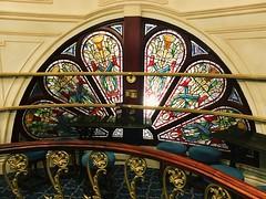 Grand Theatre, Blackpool (1894) (Rhisiart Hincks) Tags: fuinneog uinneag window leiho ffenestr ventana gwydrlliw stainedglass fictorianaidd victorian ornate addurnedig adeiladouriezh pensaernïaeth ailtireacht ailtireachd architecture blackpool grandtheatre