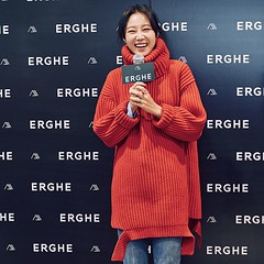 gong-hyo-jin62 (zo1kmeister) Tags: turtleneck sweater chinpusher
