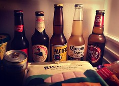 Beers and Sausages. (boloveselvis) Tags: bud budweisrer birra moretti corona usa mexican italian superbock bock super richmond