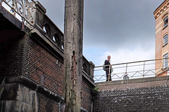 Old and young - nice opposite! (keinidyll) Tags: mamburg harbor speicherstadt oldwood people sky