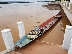 Boat in the stairway 1 (SierraSunrise) Tags: boats esarn flooding flotsam isaan mekong mekongriver nongkhai phonphisai rivers thailand transportation water