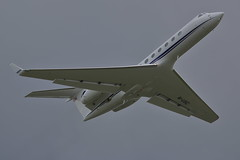 M-USIC (Rob390029) Tags: hampshire aviation gulfstream 5 music newcastle airport ncl egnt