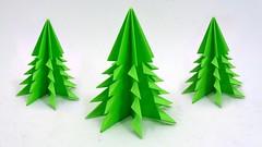 Easy Paper Christmas Tree | DIY Origami 3D Christmas Craft (LiaFloral) Tags: easy paper christmas tree | diy origami 3d craft