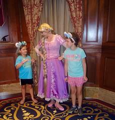 Rapunzel (moacirdsp) Tags: rapunzel meet princess fairytale hall fantasyland disneys magic kingdom park walt disney world florida usa 2018