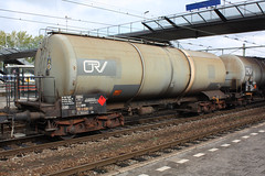33 80 7855 558-2 - on rail - rtd - 71009 (.Nivek.) Tags: gutenwagen gutenwagens guten wagen wagens goederenwagen goederen goederenwagens uic type z ketelwagen kesselwagen kessel tank car tankcar