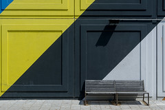 Bench and wall (Jan van der Wolf) Tags: map186390v bench bank wall muur colors colours yellow geel black blue blauw gevel facade grey grijs architecture architectuur amsterdam heesterveld