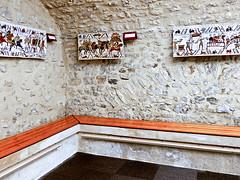 photo - Bayeux Tapestry Museum (Jassy-50) Tags: photo bench bayeuxtapestrymuseum bayeuxmuseum museum bayeuxtapestry unescomemoryoftheworld bayeux france hbm