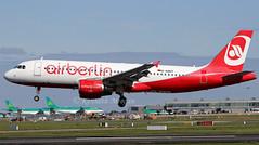 D-ABDT (Ken Meegan) Tags: dabdt airbusa320214 3422 airberlin dublin 592018 airbusa320 airbus a320214 a320