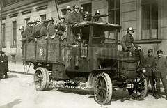 """""""Gegenrevolution in Berlin. Lüttwitz Panzer-Wagen"""" (✠ drakegoodman ✠) Tags: oldtimer truck lkw 1920er unruhen kappputsch"""