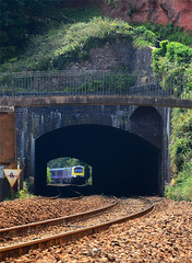 Kennaway Tunnel. (curly42) Tags: kennawaytunnel railway hst 125 class43 express gwr tunnel