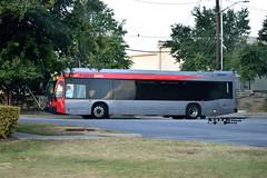 5152 801 (047) MetroRAPID (transit addict 327) Tags: capitalmetro cmta bus austin texas 2018 nikon d5300 55300mmlens novabus lfx brt busrapidtransit metrorapid