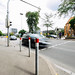 Langzeitbelichtung: Auto im Straßenverkehr