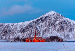 The red church (Hans Kruse Photography) Tags: norway lofoten