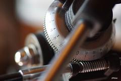 The macro-observatory (macro monday cogwheel) (yuturjpd) Tags: macro monday rueda dentada macromonday cogwheel