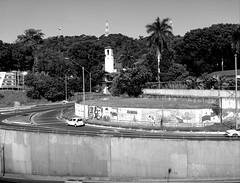 No country for the mercantilist 'establishment'? (Neo-noir) Tags: city ciudad panama shadows lines latinamerica america country society photojournalism journalism