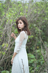 TOM02993 (HwaCheng Wang 王華政) Tags: 蘇 托托 人像 外拍 md model portraiture sony a9 ilce9 35za 2470gm 70200gm 廢墟 ruin 海邊 樹林