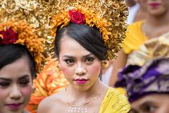 IMG_6677-tr (JLBenazra) Tags: bali cérémonie sawan indonésie costumes
