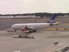 A340 OY-KBI Tokyo Narita 26.02.18 (jonf45 - 4 million views -Thank you) Tags: airliner civil aircraft jet plane video japan rjaa sas airbus a340313x oykbi tokyo narita airport february 2018 340