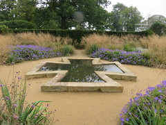 UK - Scotland - West Lothian - Wilkieston - Jupiter Artland - Bonnington House - Garden - Pond (JulesFoto) Tags: uk scotland westlothian wilkieston jupiterartland sculpturepark bonningtonhouse