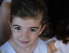 Le sourire d'une enfant/child's smile (bd168) Tags: enfant child sourire smile heureuse happy yeux regard eyes gaze xt10 xf50mmf2 r wr