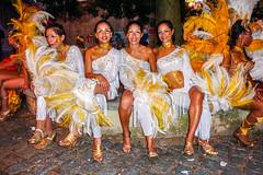 2010-02-06 Desfile de Llamadas en Montevideo (39) - Desfile de Llamadas (Parade der Rufe), Karnevalsumzug in Montevideo, Uruguay (mike.bulter) Tags: karneval carnival umzug parade karnevalsumzug desfiledellamadas frau menschen montevideo people southamerica suedamerika uruguay woman barriosur ury carnaval