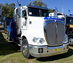 Wescity (quarterdeck888) Tags: trucks photos truckphotos australiantrucks outbacktrucks workingtrucks primemover class8 overtheroad interstate frosty quarterdeck jerilderietrucks jerilderietruckphotos flickr bdoubles lorry bigrig highwaytrucks interstatetrucks nikon truck kenworth kenworthclassic kk kenworthclassic2018 truckshow truckdisplay workingclasstrucks noprizes wrecker wescity towtruck t609